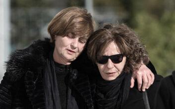 Μητέρα της Τοπαλούδη για Μάγδα Φύσσα: «Ο Παύλος και η Ελένη ίσως να χαμογελούν - Μάνα κουράγιο, κράτα γερά»