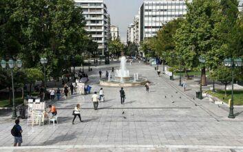 Δερμιτζάκης: Μέχρι και 1.000 ημερήσια κρούσματα στην Ελλάδα τον Οκτώβριο - Πότε θα ξεφύγει ο ιός