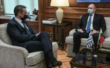 Ολοκληρώθηκε η συνάντηση Μητσοτάκη -Radev: Σε εξαιρετικό επίπεδο οι διμερείς σχέσεις Ελλάδας - Βουλγαρίας