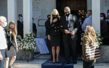 Τελευταίο αντίο στη μητέρα του Γιώργου Πατούλη, Πόπη