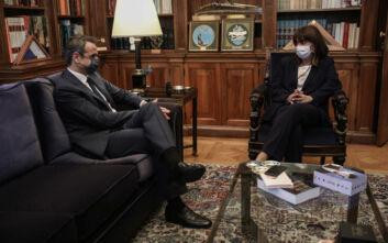 Όλος ο διάλογος Μητσοτάκη - Σακελλαροπούλου στο Προεδρικό Μέγαρο
