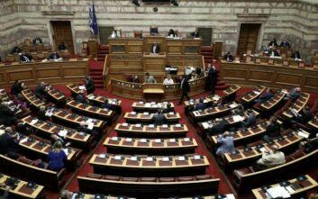 Έντονη αντιπαράθεση στη βουλή με τις δαπάνες της Υγείας στο επίκεντρο