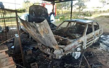 Πύργος: Στις φλόγες τυλίχθηκαν δύο ΙΧ σε πάρκιγνκ μονοκατοικίας