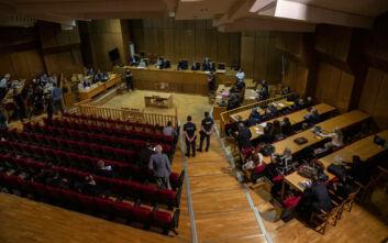 Δίκη Χρυσής Αυγής: Στην αίθουσα 13 από τους 57 καταδικασθέντες