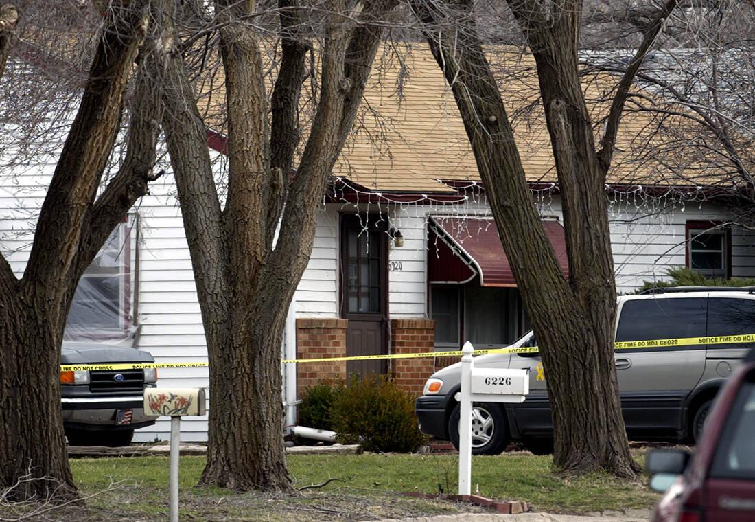 «Ο μπαμπάς μου ο serial killer»: Πώς άλλαξε η ζωή μιας κόρης όταν έμαθε ότι ο πατέρας της απολάμβανε να δολοφονεί 13