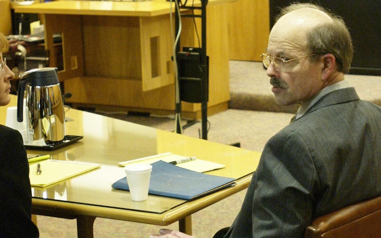 «Ο μπαμπάς μου ο serial killer»: Πώς άλλαξε η ζωή μιας κόρης όταν έμαθε ότι ο πατέρας της απολάμβανε να δολοφονεί