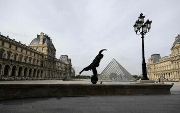 Απαγόρευση κυκλοφορίας στο Παρίσι και σε μεγάλες πόλεις της Γαλλίας- «Να έχει καλό λόγο όποιος κυκλοφορεί μετά τις 21:00»