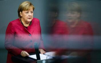 Μέρκελ: Βρισκόμαστε σε δραματική κατάσταση - Διακοπές και αντιδράσεις κατά την ομιλία της