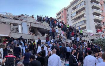 Τουρκία: Τουλάχιστον 4 νεκροί και δεκάδες εγκλωβισμένοι από τον φονικό σεισμό