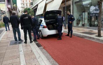 Άνδρας μαχαίρωσε δύο γυναίκες στο κέντρο της πόλης του Αγρινίου