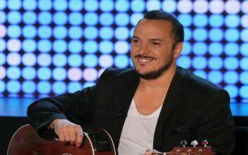 Θετικός στο κορονοϊό ο τραγουδιστής Άκης Δείξιμος