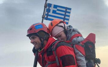 Ο Μάριος κουβάλησε την 22χρονη Ελευθερία στους ώμους και πάτησε στην κορυφή του Ολύμπου