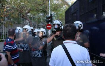 Ένταση και χημικά έξω από το υπουργείο Προστασίας του Πολίτη - Εικόνες από τη διαμαρτυρία