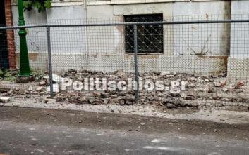 Ισχυρός σεισμός στη Σάμο: Εικόνες από τις ζημιές σε κτίρια στη Χίο