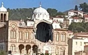 Σεισμός στη Σάμο: Κατέρρευσε τμήμα της εκκλησίας της Παναγίας Θεοτόκου στο Καρλόβασι