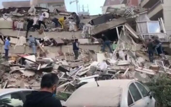Σεισμός στη Σάμο: Κατέρρευσαν κτίρια στη Σμύρνη - Οι πρώτες εικόνες