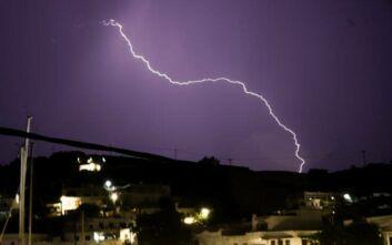 Έκτακτο δελτίο επικίνδυνων καιρικών φαινομένων με βροχές, καταιγίδες και χαλάζι