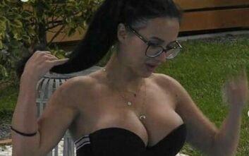 Big Brother - Χριστίνα: «Θες να τα πιάσεις να δεις αν είναι φυσικά;»