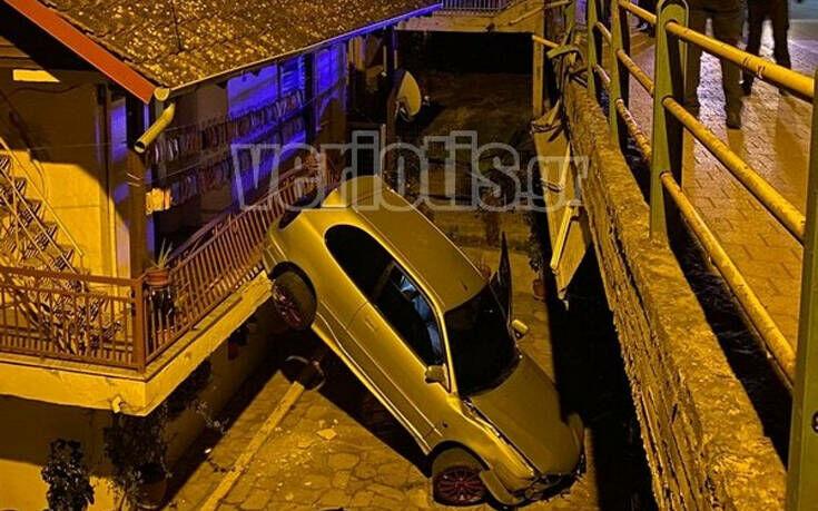 Βέροια: Αυτοκίνητο «πέταξε» και προσγειώθηκε σε αυλή σπιτιού 18