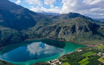 Η «στοιχειωμένη» λίμνη της Κρήτης και οι θρύλοι που τη συνοδεύουν