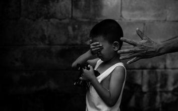 Υπόθεση σεξουαλικής κακοποίησης παιδιών σοκάρει την Ευρώπη: Συνελήφθη άνδρας για τον βιασμό 160 ανηλίκων