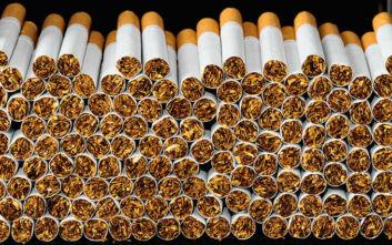 Πάτρα: Πιάστηκαν επ΄ αυτοφώρω με 6.000 λαθραία τσιγάρα