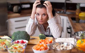 Οι πέντε τροφές που πρέπει να αποφεύγετε όταν είστε αγχωμένοι