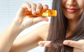 Το μυστικό για να κάνετε τα μαλλιά σας να μοιάζουν σαν να βγήκατε μόλις από το κομμωτήριο