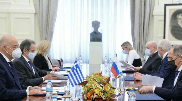Δένδιας-Λαβρόφ: Επιβεβαιώνονται οι ιστορικοί δεσμοί Ελλάδας- Ρωσίας