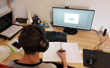 Πρώτη προσφυγή μαθητών κατά των αρχών για την τηλεκπαίδευση: Απέτυχαν να προσφέρουν ίση πρόσβαση