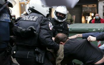 Πολυτεχνείο: Έξι συλλήψεις στη Θεσσαλονίκη για τα επεισόδια στο κέντρο της πόλης