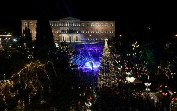 Ο Δήμος Αθηναίων για τον χριστουγεννιάτικο στολισμό: «Η συκοφαντία έχει όρια»
