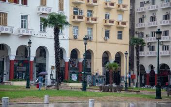 Lockdown στη Θεσσαλονίκη: Φεύγουν άρον άρον οι τουρίστες, κοντά στο λουκέτο τα ξενοδοχεία
