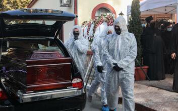 Σε πρωτόγνωρες συνθήκες η κηδεία του Μητροπολίτη Λαγκαδά, Ιωάννη