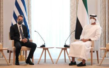 Διπλό τεστ κορονοϊού έκανε ο πρωθυπουργός και η συνοδεία του για να μπουν στην αίθουσα του θρόνου, στο Άμπου Ντάμπι