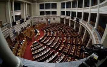Βουλή: Παιδαριώδεις χειρισμούς της Τουρκίας κατήγγειλαν τα κόμματα