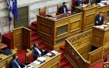Ανταλλαγή ανακοινώσεων ΣΥΡΙΖΑ - Νέας Δημοκρατίας μετά τις ομιλίες Μητσοτάκη και Τσίπρα στη Βουλή