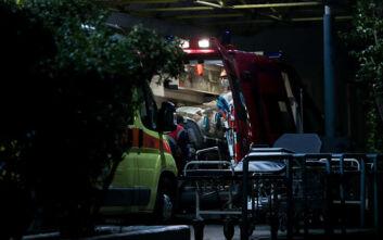 Στην Αθήνα οι τρεις ασθενείς με κορονοϊό μετά από αεροδιακομιδή - Δείτε φωτογραφίες