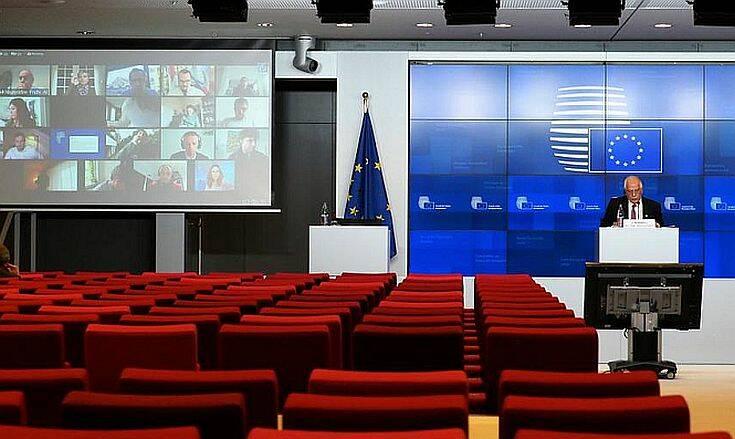 Δημοσιογράφος «τρύπωσε» σε τηλεδιάσκεψη των υπουργών Άμυνας στις Βρυξέλλες