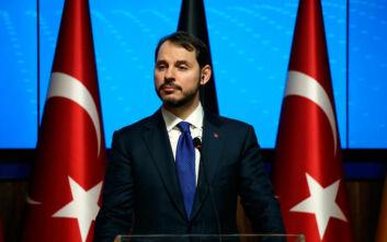 Μπεράτ Αλμπαϊράκ: Το μυστήριο με την παραίτηση του γαμπρού Ερντογάν και το παρασκήνιο στο Προεδρικό