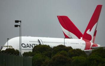 Qantas: Υποχρεωτικός ο εμβολιασμός κατά του κορονοϊού για όλους τους επιβάτες διεθνών της πτήσεων