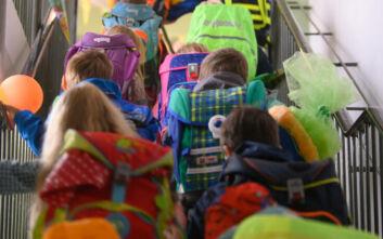 Κορονοϊός: Οι δύο ημερομηνίες για το άνοιγμα των σχολείων