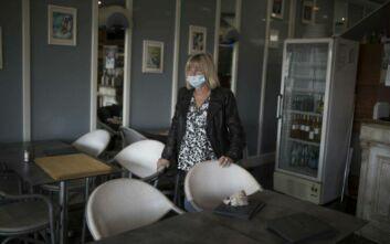 Προτεραιότητα στον εμβολιασμό οι ένοικοι και το προσωπικό των οίκων ευγηρίας στη Γαλλία