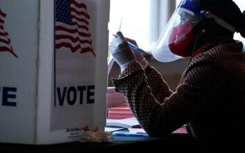 Εκλογές ΗΠΑ 2020: Οι εκλογικοί φορείς «τελειώνουν» τα σενάρια περί νοθείας