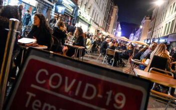 Ο κορονοϊός δοκιμάζει την οικονομική δραστηριότητα στη Βρετανία