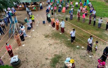Μιανμάρ: Το κόμμα της Αούνγκ Σαν Σου Κι διεκδικεί συντριπτική νίκη στις εκλογές