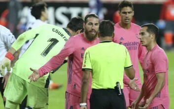 La Liga: Τρία πέναλτι εις βάρος της Ρεάλ και συντριβή με 4-1 από τη Βαλένθια