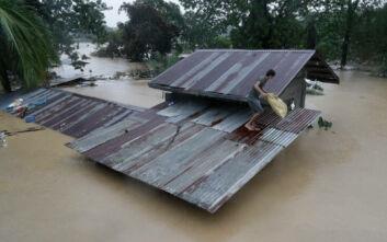 Στο έλεος του τυφώνα Βάμκο οι Φιλιππίνες - Βυθίστηκαν συνοικίες της Μανίλα