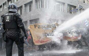 Γερμανία: Διαδηλώσεις κατά της χρήσης μάσκας και των περιοριστικών μέτρων