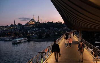 Τουρκία: Πάνω από 6.000 κρούσματα για πρώτη φορά σε ένα 24ωρο